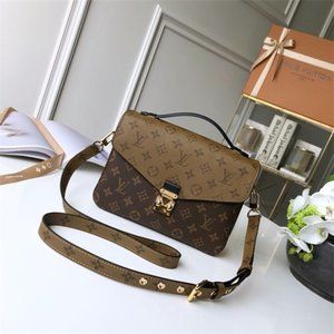 Louis Vuitton Pochette Metis Strap Shoulder Bags